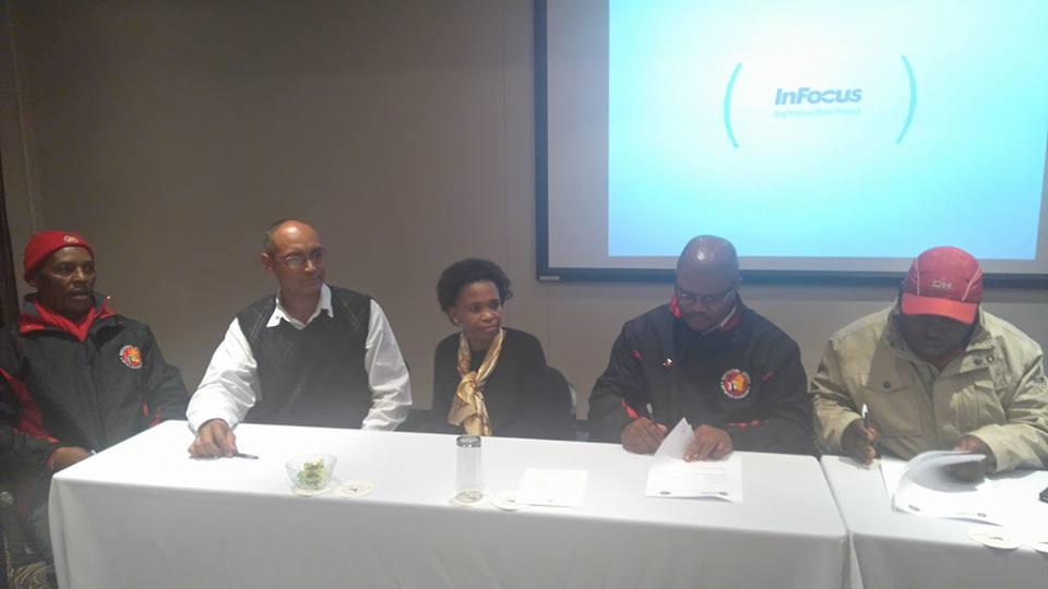 NUM signed closed shop agreement with Rustenburg Platinum Mine