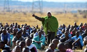 Policemen, mineworkers in court ahead of 7th Marikana massacre commemoration